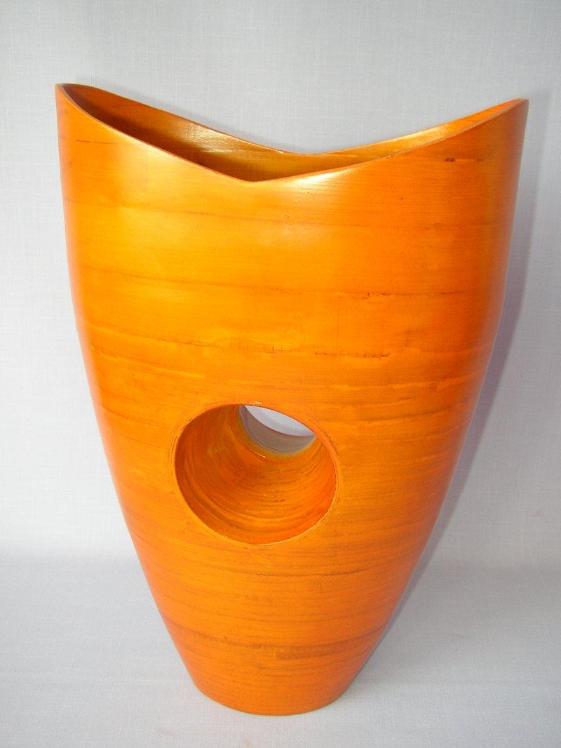 Bambusová váza Hole